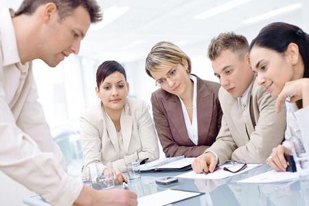 El desarrollo profesional en tiempos difíciles. Oportunidades y nuevos paradigmas