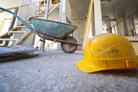 La responsabilidad del constructor y las dispensas de las partes